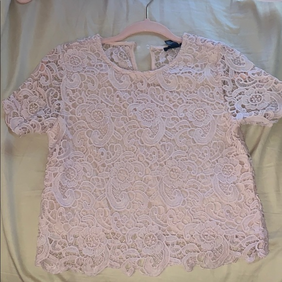 Forever 21 Tops - cute lace top